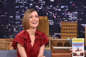 Rose Byrne Rose Byrne Visits 'The Tonight Show'
