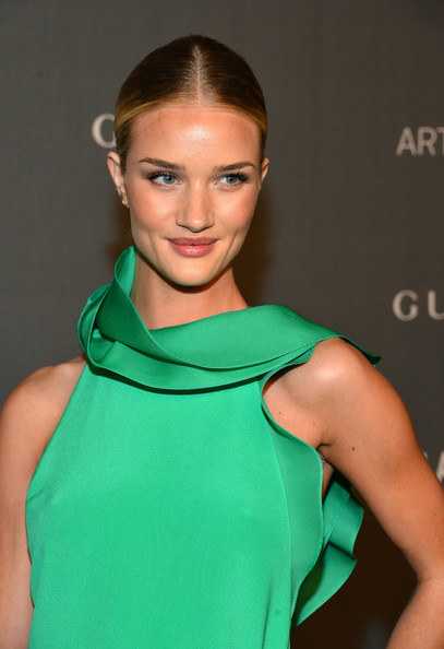 Rosie Huntington-Whiteley - LACMA 2012 Art + Film Gala Honoring Ed Ruscha And Stanley Kubrick Presented By Gucci - Red Carpet