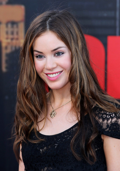 Roxanne McKee dating asian