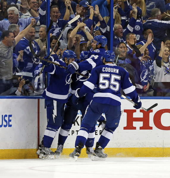 Detroit Red Wings v Tampa Bay Lightning - Game Five []
