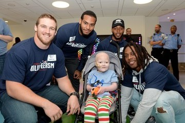 Ryan Davis New England Patriots Rookies Bring Joy To Kids At Boston Children's Hospital