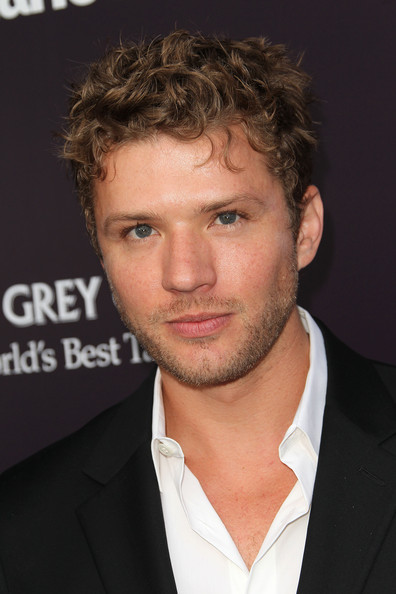 http://www2.pictures.zimbio.com/gi/Ryan+Phillippe+10th+Annual+Chrysalis+Butterfly+N9B27jJ_15Ol.jpg