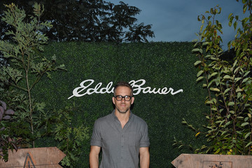 Ryan Reynolds Ryan Reynolds Celebrates the One Tree Campaign With Eddie Bauer and American Forests