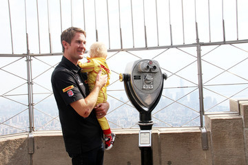 Ryden Hunter-Reay Ryan Hunter-Reay Visits the Empire State Building