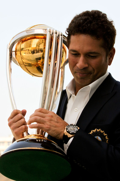 http://www2.pictures.zimbio.com/gi/Sachin+Tendulkar+Winning+Captain+Press+Conference+QGpBV-mdRdNl.jpg