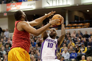 Ty Lawson #10 of the Sacramento Kings dribbles the ball during the game against the Indiana Pacers at Bankers Life Fieldhouse on January 27, 2017 in Indianapolis, Indiana.  NOTE TO USER: User expressly acknowledges and agrees that, by downloading and or using this photograph, User is consenting to the terms and conditions of the Getty Images License Agreement