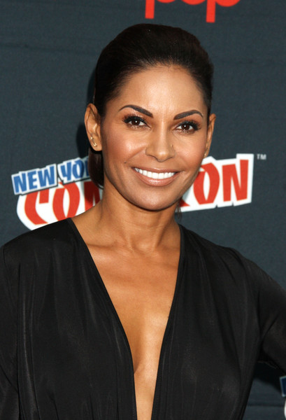 Recommend Salli richardson whitfield panties