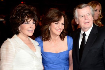 Sally Field 42nd AFI Life Achievement Award Honoring Jane Fonda - Backstage And Audience