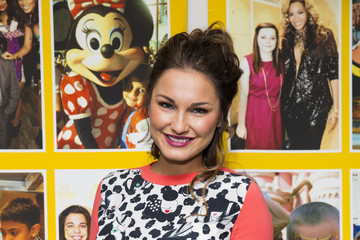 Sam Faiers Rays Of Sunshine Concert