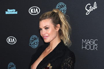 Samantha Hoopes Sports Illustrated Swimsuit 2018 Launch Event