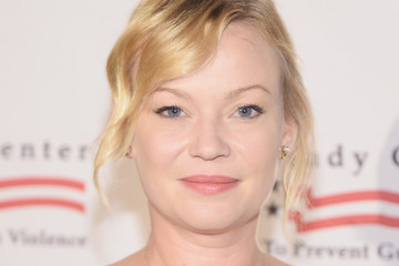 Samantha Mathis Brady Center Bear Awards