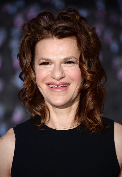 Sandra+Bernhard+Guests+Vanity+Fair+Party+NYC+v2O3OL-xdOCl.jpg