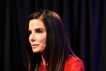 Sandra Bullock People's Choice Awards 2016 - Backstage and Audience
