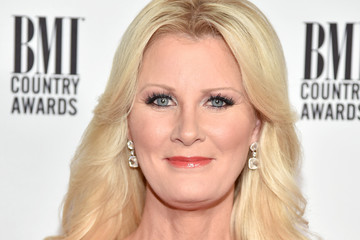 Sandra Lee 64th Annual BMI Country Awards - Arrivals