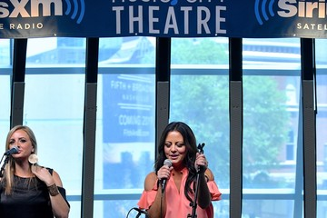 Sara Evans Sara Evans Performs During an Album Premiere Special on SiriusXM's Y2Kountry Channel at SiriusXM's Music City Theatre in Nashville