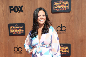 Sara Evans 2016 American Country Countdown Awards - Arrivals