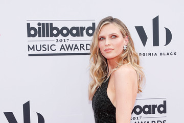 Sara Foster 2017 Billboard Music Awards Presented by Virginia Black - Red Carpet