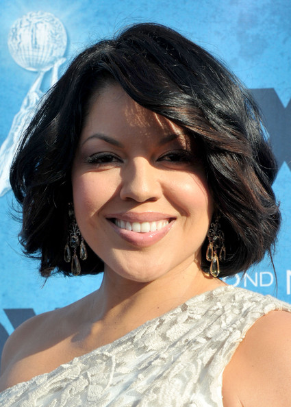 http://www2.pictures.zimbio.com/gi/Sara+Ramirez+42nd+NAACP+Image+Awards+Red+Carpet+wFhAed6tk4Xl.jpg