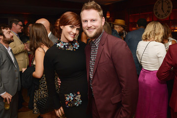 Sara Rue Entertainment Weekly And L'Oreal Paris Hosts The 2018 Pre-Emmy Party - Inside