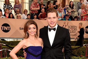 Sarah Hyland Dominic Sherwood The 22nd Annual Screen Actors Guild Awards - Arrivals