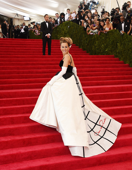 Sarah Jessica Parker - Red Carpet Arrivals at the Met Gala — Part 3