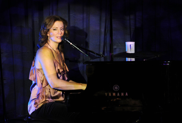 Have you ever tried to listen to Amy Lee's music idols? Sarah+Mclachlan+Pursuit+Peace+Award+Dinner+tg46eCYVX5Ul