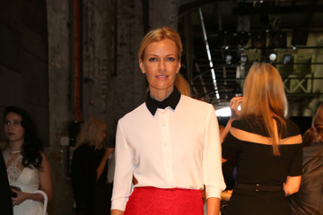 Sarah Murdoch Front Row at the Alex Perry Show