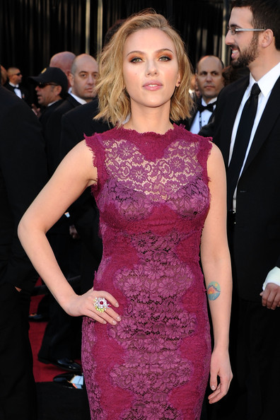 Scarlett Johansson Actress Scarlett Johansson arrives at the 83rd Annual Academy Awards held at the Kodak Theatre on February 27, 2011 in Hollywood, California.