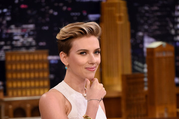 Scarlett Johansson Scarlett Johansson Visits 'The Tonight Show Starring Jimmy Fallon'