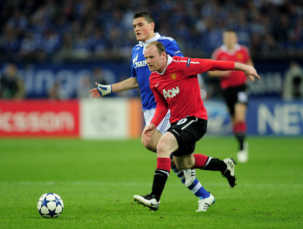 Champions League - United too strong for sorry Schalke