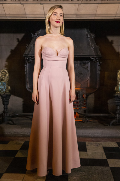 Saoirse Ronan was pretty as a picture in a strapless pink gown by Dior Couture at the Scotland premiere of 'Mary Queen of Scots.'