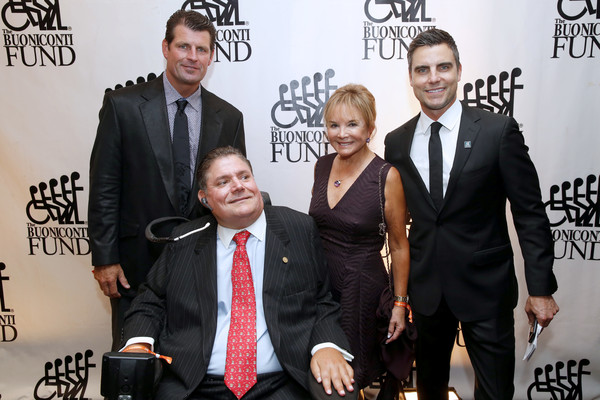 33th Annual Great Sports Legends Dinner To Benefit The Buoniconti Fund To Cure Paralysis - Arrivals