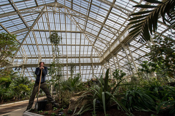 Scott Taylor Newly Renovated Kew Garden's Temperate House Re-Opens To The Public
