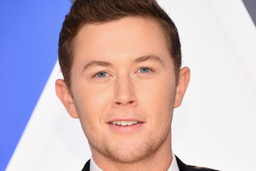 Scotty McCreery 49th Annual CMA Awards - Arrivals