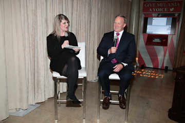 Sean Spicer Madame Tussauds New York And Sean Spicer Debut New Melania Trump Figure