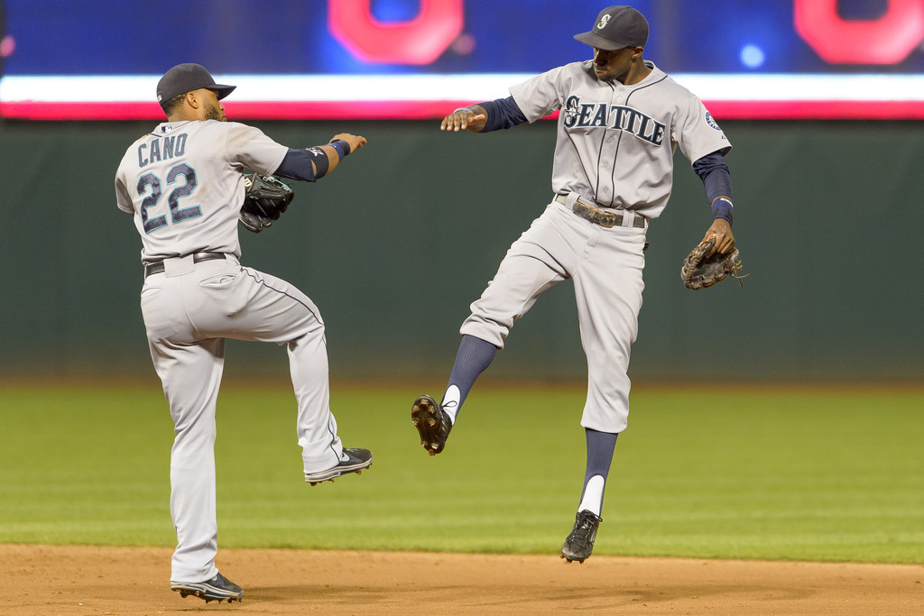 Seattle+Mariners+v+Cleveland+Indians+TixPPbEFR2px.jpg