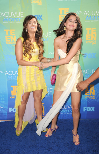 Selena Gomez - 2011 Teen Choice Awards - Arrivals