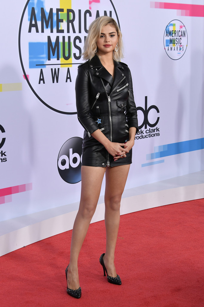 Selena Gomez – American Music Awards – LA – 19 Nov 17
