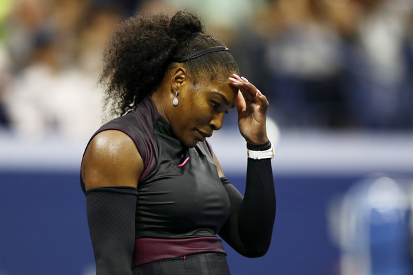 VIDEO: Serena Williams Pulls Out Of Singapore Injured
