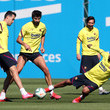 Sergio Busquets Barcelona Players Return To Training Following Coronavirus Lockdown