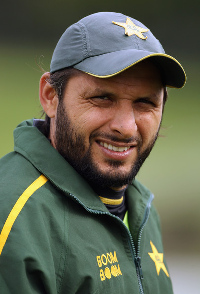 Shahid Afridi Shahid Afridi of Pakistan walks off the pitch before game two of the Twenty20 series between New Zealand and Pakistan at Seddon Park on December 28, 2010 in Hamilton, New Zealand.