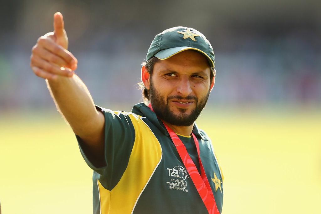 Pakistan Cricket Players Biography Wallpapers: Shahid