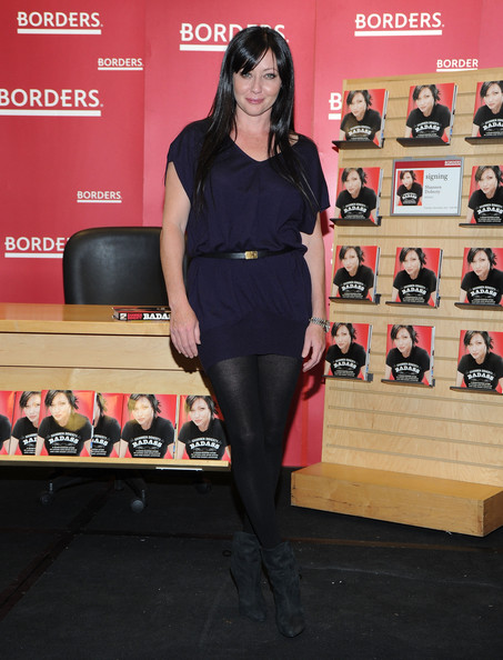 "Actress Shannen Doherty promotes ""Badass"" at Borders Books & Music, Columbus Circle on November 2, 2010 in New York City."
