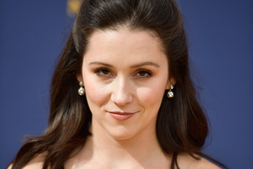 Shannon Woodward 70th Emmy Awards - Arrivals