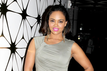 "Sharon Leal TV One's ""Hello Beautiful Interludes Live"" Featuring NeYo"