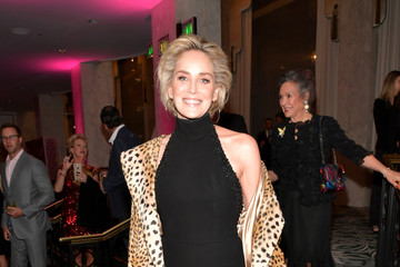 Sharon Stone The Women's Cancer Research Fund's An Unforgettable Evening Benefit Gala - Cocktails