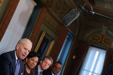 Shaun Donovan Biden Meets With Cabinet Members To Discuss Job Skills And Training