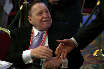 Sheldon Adelson Mike Pence Addresses Republican Jewish Coalition Meeting In Las Vegas