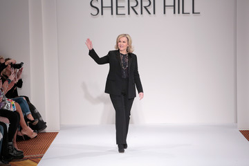 Sherri Hill Sherri Hill - Runway - February 2017 - New York Fashion Week