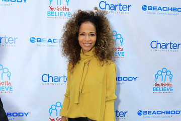 Sherri Saum 2nd Annual Voices for the Voiceless: Stars for Foster Kids Benefit - Arrivals